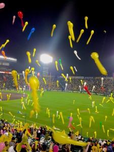 koshien_baseball_osaka_balloon